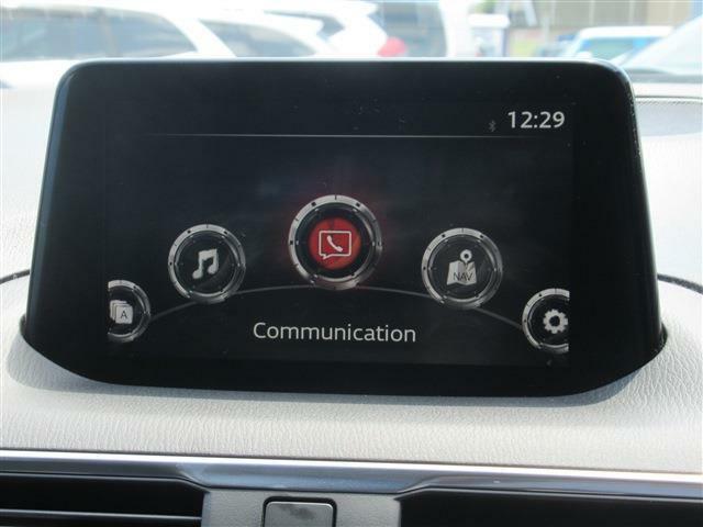 ナビ、TV付き!Bluetoothもついているので、携帯からお気に入りの音楽をかけてドライブを楽しめます!