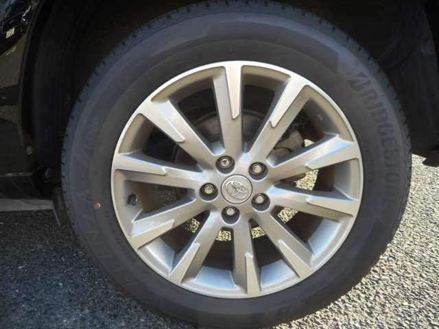 タイヤも交換したばかりで余計なコストがかかりません♪