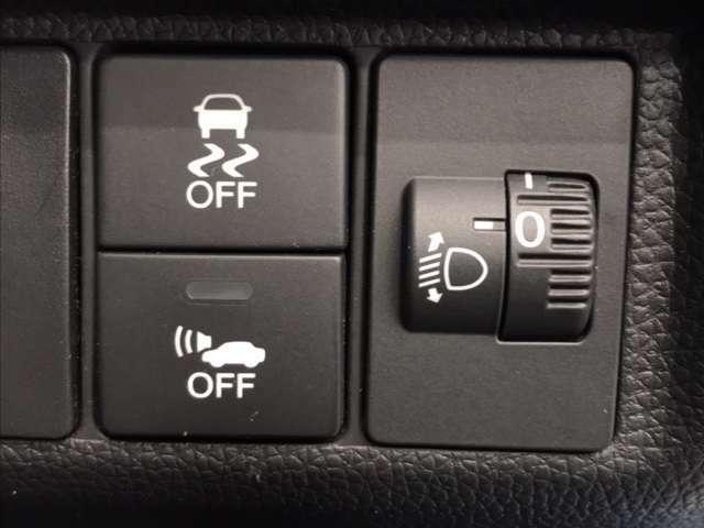 横滑り防止装置・車両接近通報装置・ヘッドライトレべリング機能付きです!