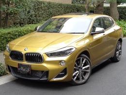 BMW X2 M35i 4WD セレクトP パノラマルーフ 黒革シート