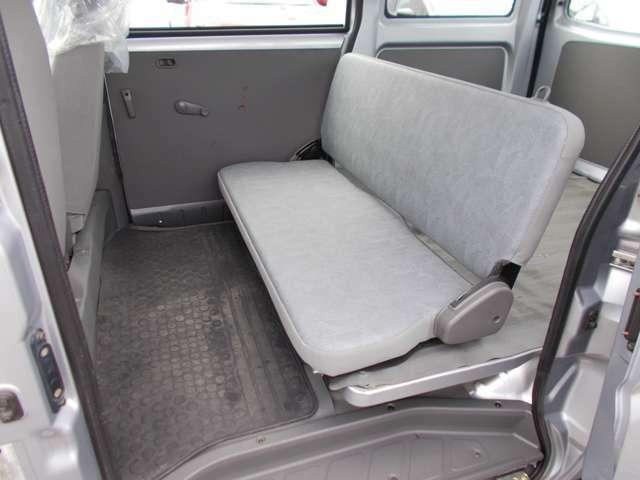 後部座席もしっかりとクリーニングをしていますのでご安心を!