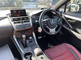 赤革エアーパワーシート!内装きれいなお車です☆ご安心してご検討ください!!