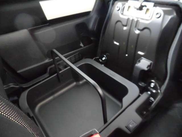 助手席シートアンダーボックス☆無料保証付き販売車です! ☆全国どこへでも! 陸送可能(有料)ですので、県外の方も是非ご相談ください!