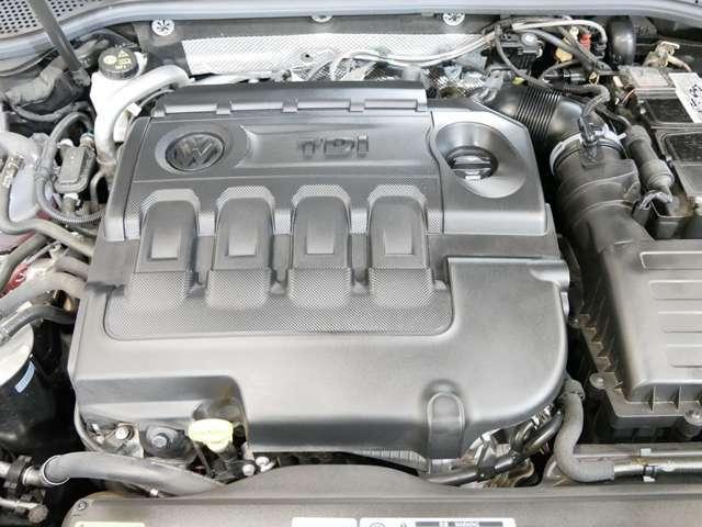 2,000cc TDI直列4気筒DOHCコモンレール式ターボディーゼルエンジン(190馬力 トルク40.8 燃費20.6KM/L) カタログ値