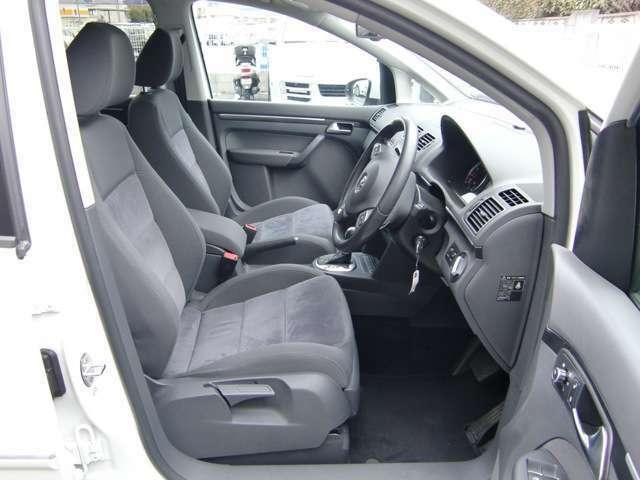 使用頻度の高い運転席も御覧のような綺麗な状態をキープしております★