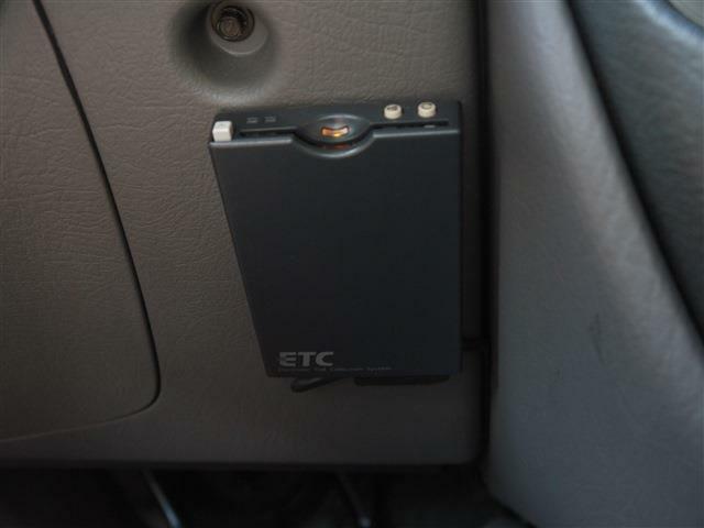 ETCは左ハンドルなら必ずつけるべき装置