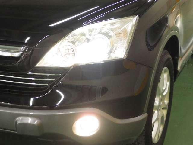 【HID】HIDライトは夜道を明るく照らし夜間走行の精神的負担を和らげてくれます。これで夜道も安心して運転できますね♪