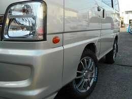 キーレス・Wエアバッグ・ABS・パワステ・前席PW・ETC・社外14アルミ・新品タイヤ・ノーマル&アルミ付スタッドレスタイヤ付・エンジンオイル漏れ修理済・24ヵ月点検整備部品は本体に含まれます