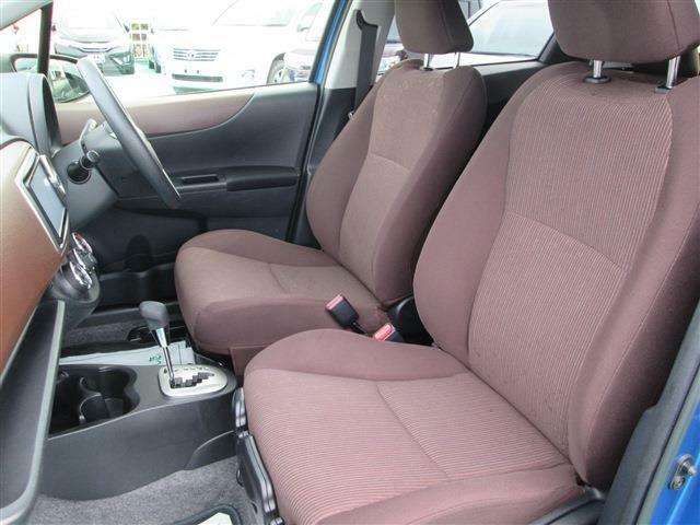 室内の状態、シート、天井も綺麗です!当店は、状態の良い車を厳選して仕入れています!(^^)!