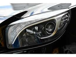 くもりやくすみのないクリアなヘッドライト。当社ホームページで、30枚以上に及ぶ大サイズ画像とより詳細な車両概要を記載しております。「ジェイウェーブ」で検索して下さい。