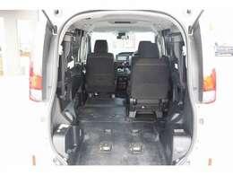 車いすはセカンドシートの位置に乗車可能です!