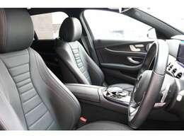 綺麗な状態を保持したブラックレザーシート!前席にはシートヒーター、メモリー機能付きパワーシート&ランバーサポートが採用されており、快適なドライブをお楽しみ頂けます。