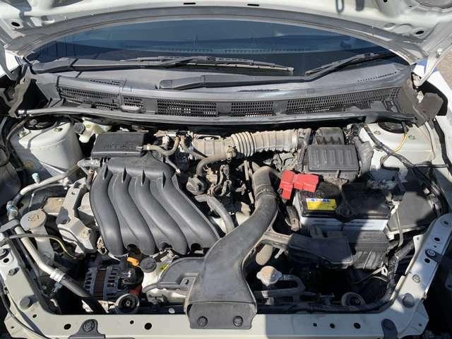 平成27年4月登録、ニッサン・ADバン、グレード・DX、修復歴無し、最大積載量450kg、タイミングチェーン式エンジン、車検を丸々1年つけて、保証もついて、車検代全部込みのお支払い総額29万円やで!