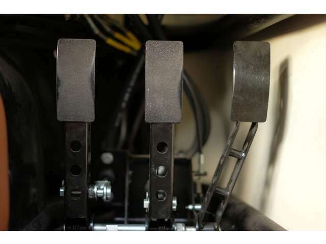 ペダル部分は3段階に位置調整が可能です。