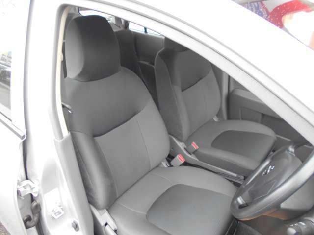 運転席、助手席まわりです。実際お座りいただくのが、分かりやすいと思います。お気軽にご来店ください!