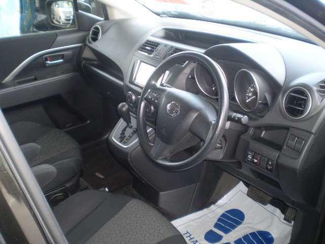 当社のお車は内装清掃時に消毒作業を実施し、さらに納車時にも消毒・除菌作業を実施いたしております。少しでもお客様に安心・清潔に乗車されますように心がけいたしております。(コロナ対策登録店)