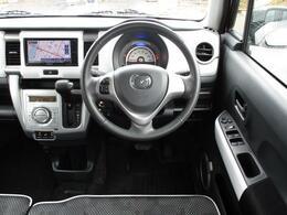 大きなフロントガラスで視界良好です!運転しやすいと感じることが出来ます!ぜひ1度ご自身で体感ください!