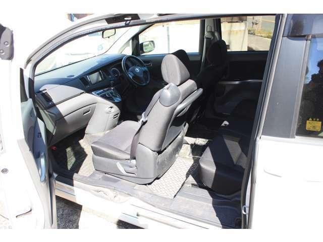 当店はお客様のニーズに合わせて車検整備渡しや予備検査渡しなど相談可能です。お気軽にお問合せください。