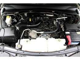 安心の納車前点検ではテスター完備・運輸省認証工場にて法定12ヶ月点検整備を施します。車輌は全て新品バッテリーへ無料交換を実施し、弊社規定の無料保証付きで日本全国どこへでもご納車させて頂きます。