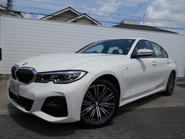 BMW 3シリーズ 330e Mスポーツ 18AWコンフォートP黒革デモカー認定中古車