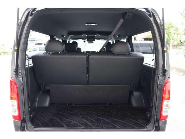 ラゲージスペース広々確保!スーツケースにゴルフバック、ベビーカーなど楽々積載可能!