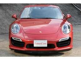 911ターボという特別の響きはポルシェを想う方々の憧れのワードでもあるように感じます。