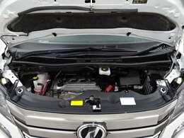 エンジンは、直列4気筒DOHCになっております♪!排気量は2400ccなので、力強い走りです♪☆