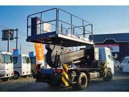 納車時にも1台ずつ丁寧に内外装の清掃を行い、点検整備を行った後納車となります!安心して気持ちよくお使い頂けます☆