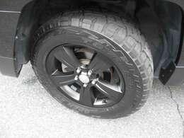 タイヤは新品OPENCOUNTRY!ホイルは純正ブラック加工!