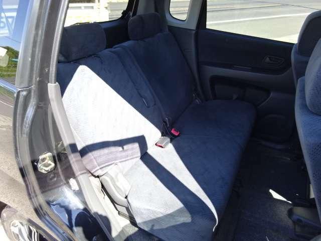 後部座席はリクライニング機能もあるので、大人が乗ってもゆったりとできますよ♪