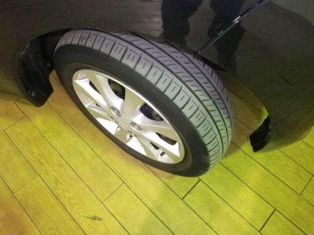 装着タイヤ
