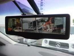 純正デジタルインナーミラーも搭載!!スイッチ1つで通常の鏡にも変更可能です。