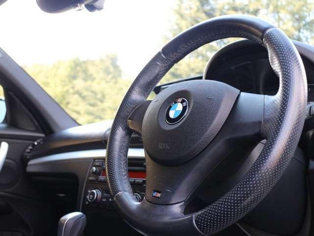 構内での試乗も可能です。通勤でもお買い物でも普段の運転が楽しくなるお車です。ぜひ、BMWの乗り心地を体感しにお越しください。