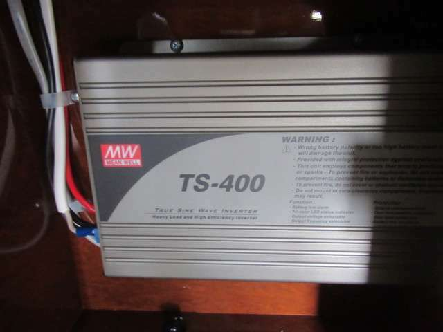 400Wインバーター装着です!家庭用100V電源も使用可能です♪