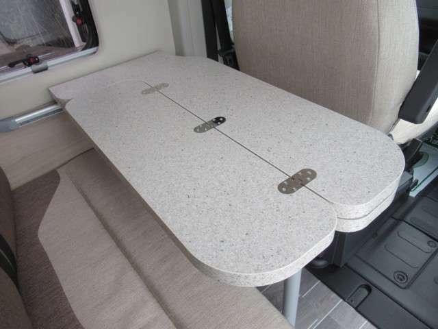 最適なサイズのテーブルもポイントの一つ!