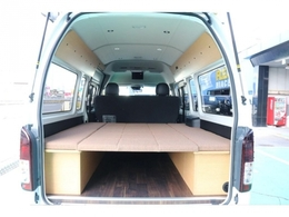 快適性が非常に高く内装空間の広いロングを多数カスタム!