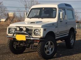 スズキ ジムニー 660 パノラミックルーフ EC 4WD リフトアップ ツートンカラー