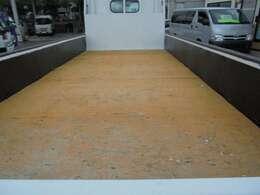 荷台木張り・三方開・内寸約435×178