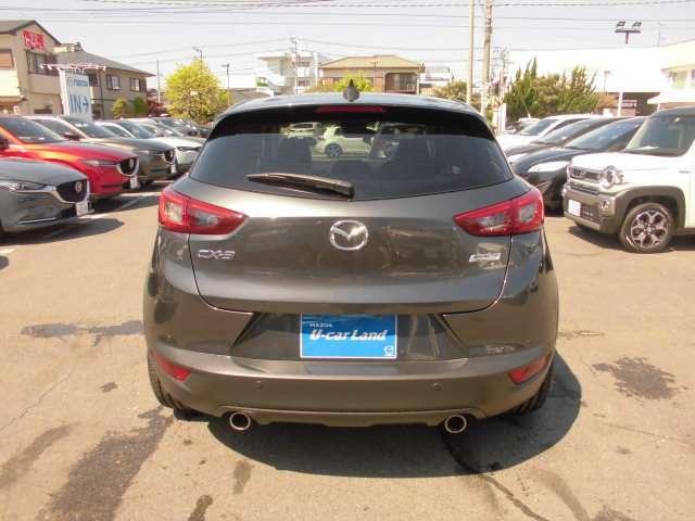 運転しやすいコンパクトなサイズで初めてのお車や女性のお客様でも安心ですね。