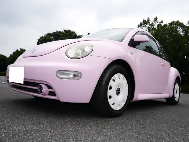 内装もピンクパネル♪ホワイトホイールキャップ♪希少色♪目立ちます♪ディーラー車♪希少左ハンドル♪新品バッテリー無料交換致します♪県外納車可能♪
