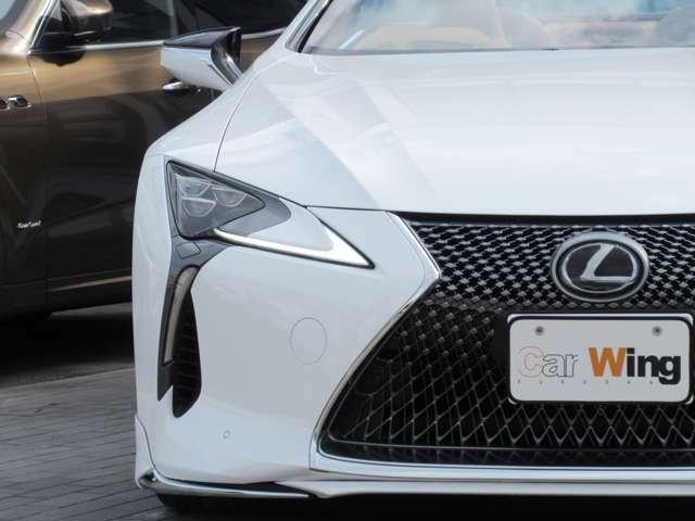 Lexus Safety System+:オートマチックハイビーム[AHB] LEDクリアランスランプ(デイライト機能付)オートライトシステム