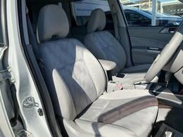 冬場にうれしいシートヒーターを装備。シート自体が温まりますので、冬場のドライブをよりお楽しみいただけますよ。と