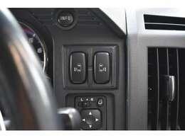 オプションのロックフォード音響システムも搭載されドライブがより楽しく音楽好きにはもってこいのオプションです(^_-)-☆