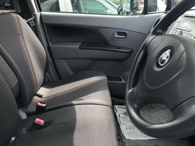 【親切・丁寧な接客】 初めてお車のご購入を検討されている方や、お車についてあまり詳しくない方にも分かりやすい接客を心掛けています!