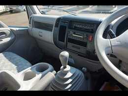 AC PS PW SRS ABS HSA 左右電格ミラー/ヒーター/電動角度調整 排気ブレーキ キーレス フォグランプ 室内蛍光灯 AM/FM/カセット