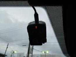 ■純正ドライブレコーダー今は無くてはならない装備の一つですね!万が一の時も安心です!