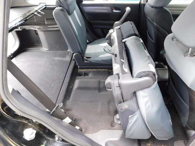 リア席は可変式です!中古車は現品限り一点ものです!まずは実車をご覧ください!