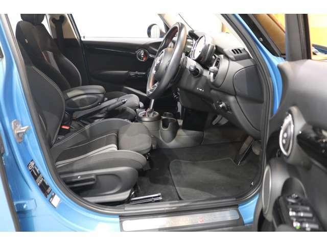 ■買取に関して・・・当社はモデル・年式・走行距離に関わらず、BMWミニ&ローバーミニの高価買取にチャレンジしております!■自慢のオプション装備など専門店ならではのプラス査定にご期待ください!