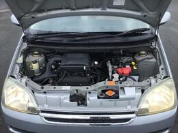 エンジンルームの汚れも綺麗にクリーニング!エンジンルームが綺麗だと不具合等の発見もし易くコンディションのチェックや維持のプラスになります。