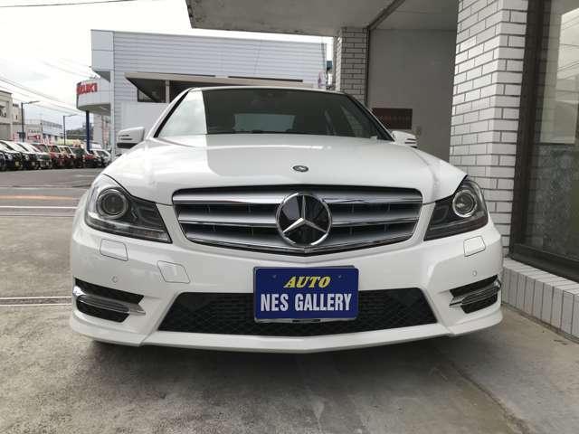 新車購入時のメルセデス正規ディーラーでの整備で整備内容はすべて把握しています。ご夫妻2人で新車からお乗りでした。